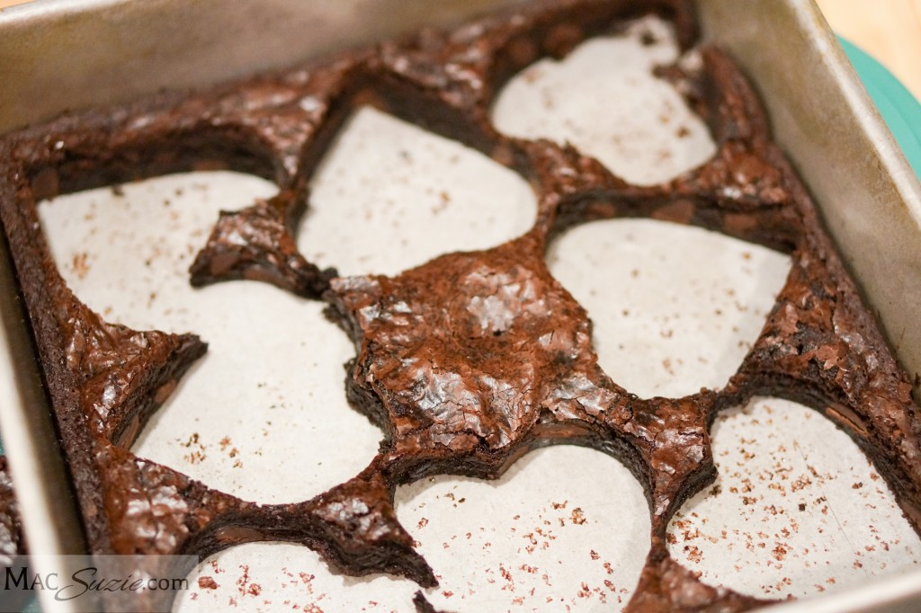 MacSuzie - Conversation Heart Brownies