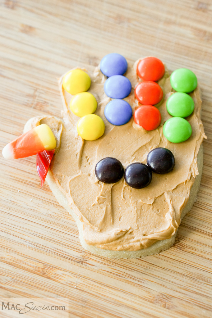 ng Turkey Cookies - A bit of frosting and candy transform handprint cookies into festive turkeys!