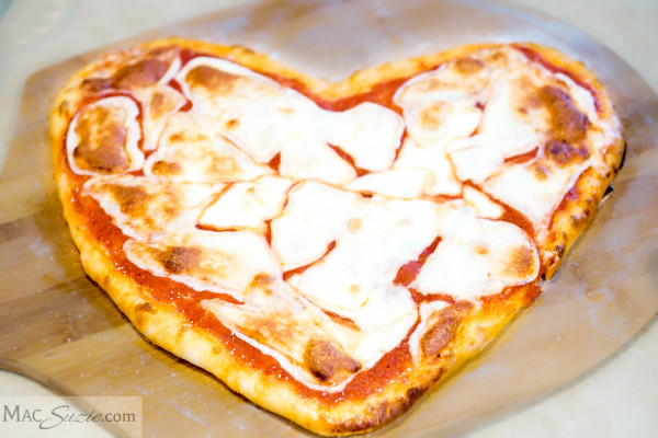 MacSuzie - Heart Pizza