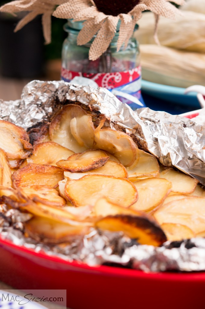MacSuzie | Tin Foil Potatoes - A pocket packed with flavor and minimal cleanup!